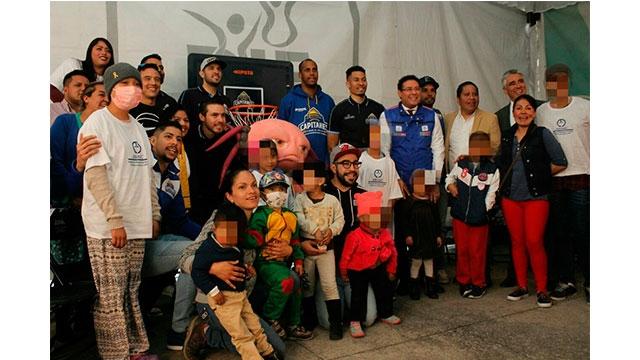 Niñas y niños con cáncer recibieron alimentos del equipo Capitanes CDMX